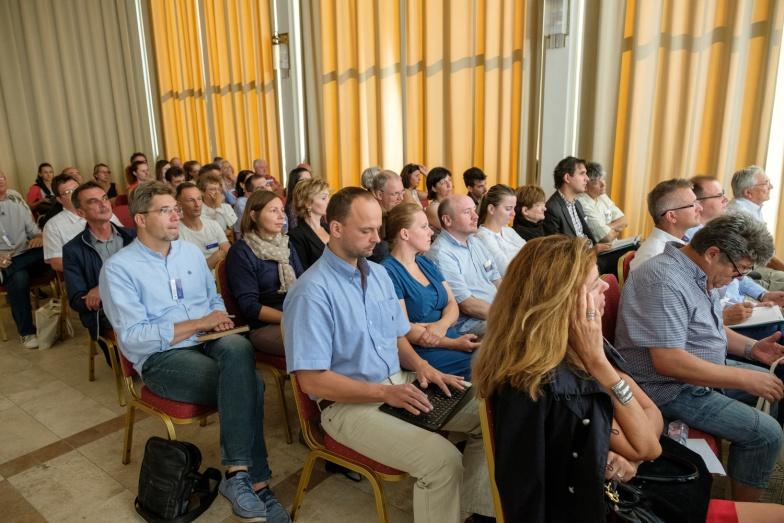 a konferencia résztvevői 1