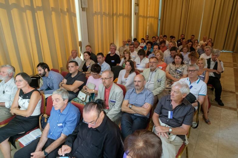 a konferencia résztvevői 2